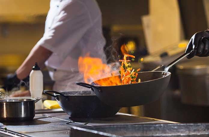 matériel de cuisson restaurant